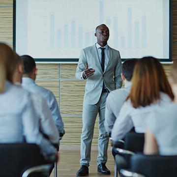 Prendre la parole en public : jouez votre rôle avec talent