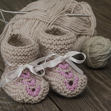Tricoter des chaussons pour son bébé