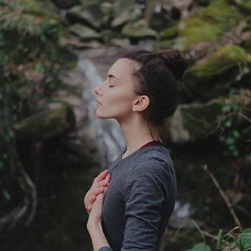 Pleine conscience, méditation et auto-compassion
