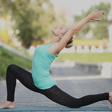 Yoga : Salutation au Soleil