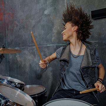 Batterie : Jouer 5 grands classiques du rock